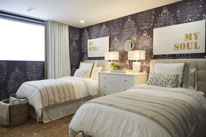 Mia Parres Creates A Gorgeous Guest Bedroom Home To Win