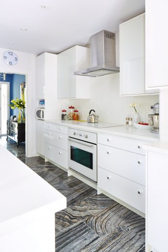sarah richardson's incredible kitchen style - home to win